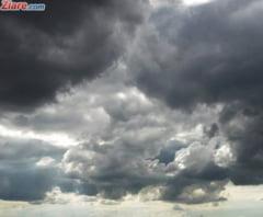 Meteo: Urmeaza doua zile cu vreme racoroasa si ploi