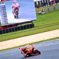 MotoGP: Marquez castiga o cursa palpitanta in Australia si ia un avans urias la general