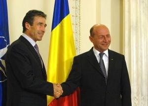NATO la Bucuresti: Traian Basescu se intalneste cu secretarul general al NATO