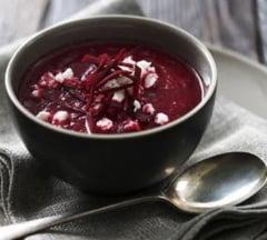O reteta pe zi: Supa de sfecla cu branza