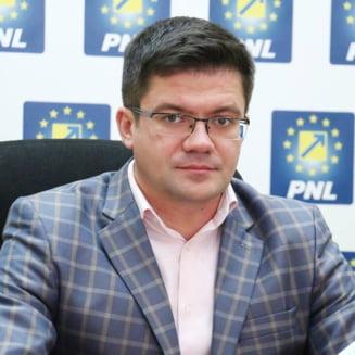 Opinie politica: Nu, PNL nu este egal PSD!