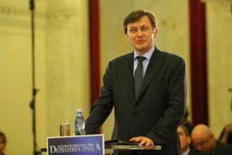Opinii: Crin Antonescu, un Basescu in formare?