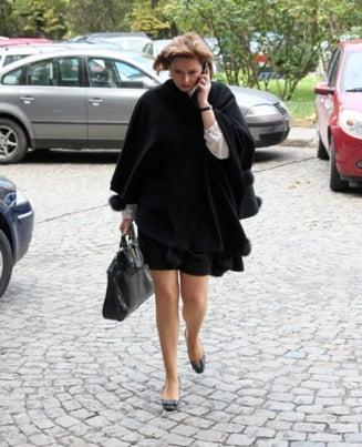 Opinii: Duios Anastase trecea - femeile din politica romaneasca