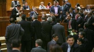 Opinii: Politicienii inchiriaza Romania