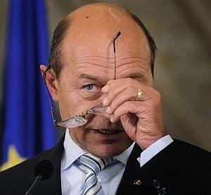 Opinii: Presedintele Basescu povestind despre mandatul sifonat