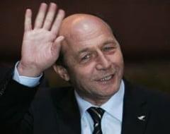 Opinii: Traian Basescu s-a despartit de romani