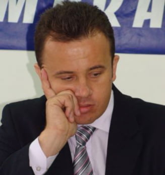"""Plagiatul lui Ponta: Liviu Pop, acuzat de Comisia de Matematica de """"lupta partizana"""""""