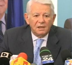 Ponta, ofiter acoperit: Melescanu respinge acuzatiile si spune ca Basescu a incalcat legea (Video)