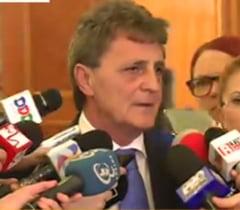 Ponta si-a dat demisia: Reactia lui Mircea Dusa, propus premier interimar