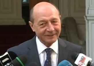 Ponta si-a dat demisia de ziua lui Basescu: Un cadou facut poporului roman (Video)