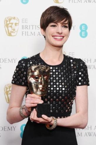 Premiile Bafta 2013: Les Miserables, cele mai multe distinctii (Video)