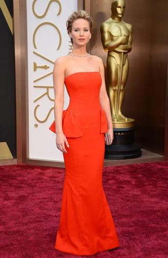 Premiile Oscar 2014: Cele mai reusite tinute (Galerie foto)