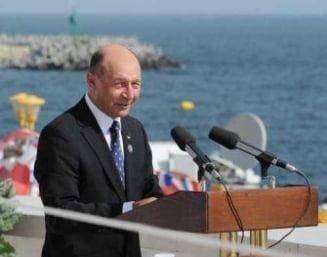 "Presa de azi: Basescu, primit cu ""huo"" la Constanta"