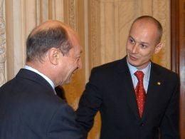Presa de azi: Bogdan Olteanu si Traian Basescu, schimb de ravase cu venin