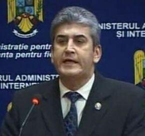Presa de azi: Demisia lui Oprea tine PSD la guvernare