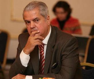 Presa de azi: Fortareata in jurul penalului Adrian Nastase
