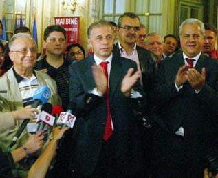 Presa de azi: Geoana si Nastase vor sa-si dea mat cu Diaconescu