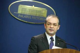 Presa de azi: Soarta a 7 milioane de oameni, in pixul ministrilor lui Boc