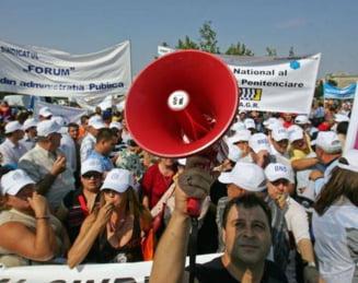 Presa de azi: Spre marele protest, cu autobuzul PSD