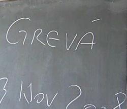 Presa de azi: Alegerile bat greva