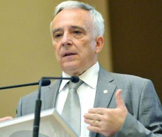 Presa de azi Isarescu: Nu mai avem nevoie de un nou acord cu FMI