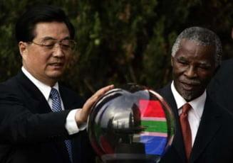 Presa internationala - Africa de Sud saluta prezenta Chinei pe continent