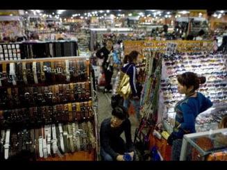 Presa internationala - China e atinsa de criza prin ieftiniri ale produselor
