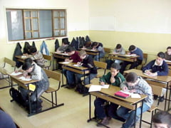 Proiectul UDMR privind autonomia: Maghiara, introdusa in scolile cu predare in romana din Tinutul Secuiesc
