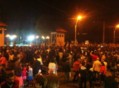 Proteste anti-Rosia Montana: Jos Basescu, Ponta si Antonescu! (Video)