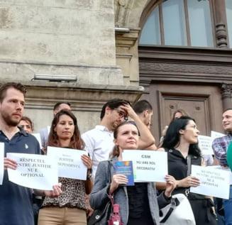 Proteste magistrati: Procurorii din Alba Iulia isi suspenda activitatea trei ore pe zi
