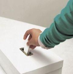 Referendum 2012: Vezi cati romani au votat in afara tarii si cum