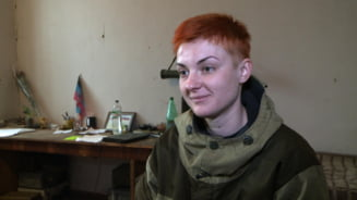 "Reportaj din razboi. Femeia care ii conduce pe separatistii pro-rusi: ""Barbatii nu se tem sa ma urmeze"""