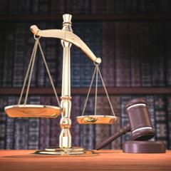 Retrospectiva 2012: Justitia, marcata de selectia procurorului general si a sefului DNA
