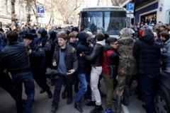 Reuters: Generatia nascuta in timpul lui Putin si-a descoperit vocea in cursul protestelor din Rusia (Video)