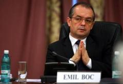 Revista Presei: Basescu ii forteaza mana lui Isarescu