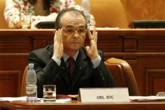 Revista Presei: Emil Boc si-a asumat Ziua femeii