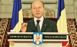 Revista presei: Basescu il tine in brate pe Blejnar