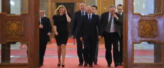 Revista presei: Basescu si-a dat cu Boc in cap