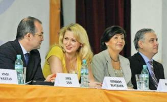 Revista presei: PDL le-a pasat remanierea lui Basescu si Boc
