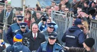 Revista presei: Seful PSD Arges, atac de cord la arestare