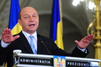 Revista presei: Basescu: Niciodata nu raman fara solutii