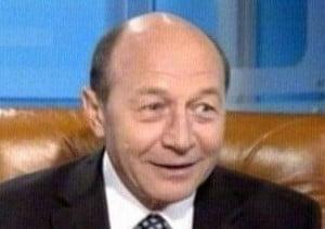 Revista presei: Zi de lauda de sine - Basescu, Boc, USL