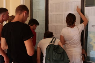 Rezultate Bac 2012: Cate note de 10 s-au luat la examen