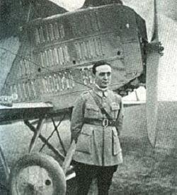 Romani de legenda: Primul pilot din lume care a zburat cu picioarele amputate