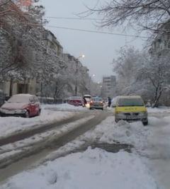 Romania sub zapada: Ce drumuri mai sunt inchise