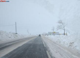 Romania sub zapada: Ninge pe toate drumurile tarii - urmeaza zile cu ger