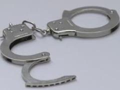 Scandalul de la Spitalul de Arsi: Inca 6 arestari in dosarul operatiilor estetice pe banii statului