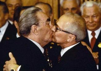 Secretele istoriei: Ceausescu a refuzat sa se sarute cu pupaciosul Brejnev