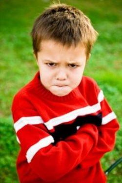 Sfatul psihologului: Copilul care il ia pe NU in brate