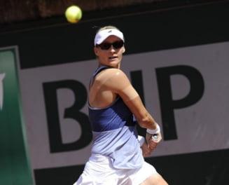 Simona Halep, eliminata de la Roland Garros: Prima reactie a veteranei care a invins-o